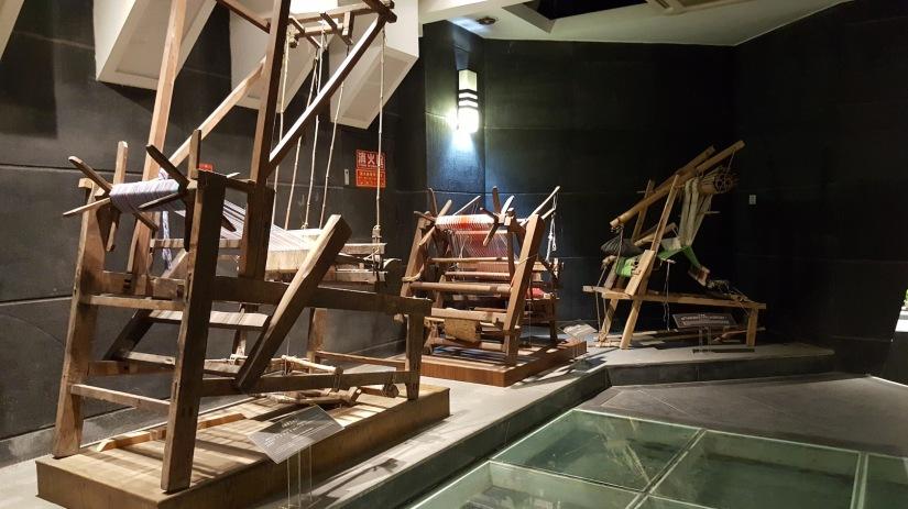 Il broccato dei telai a torre diChengdu